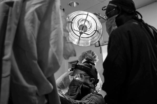 Justin Paluku, en una operación de fístula