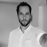 Jordi Ruiz Cirera, fotógrafo documental nacido en Barcelona. En los últimos años ha trabajado en temas como la crisis económica, migración, y problemáticas ... - JordiRuiz-fotobio